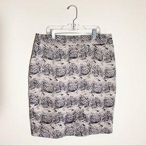 VALERIE BERTINELLI Vented Zip-Up Pencil Skirt
